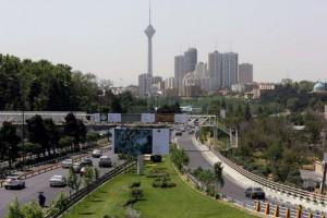 Wali Kota Tehran, Mohammad-Bagher Ghalibaf, telah mengubah drastis lanskap Tehran dalam beberapa tahun terakhir, membangun jembatan, terowongan, dan ruang hijau. Fotografer: Atta Kenare/AFP/Getty Images