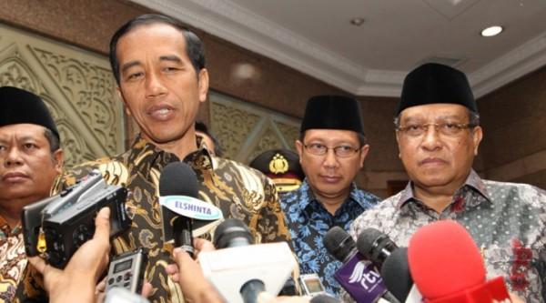 Presiden-Jokowi-bersama-Ketum-PBNU-KH-Said-Aqil-Siradj-didampingi-Menag-Lukman-Hakim-Saifuddin-saat-jumpa-pers-usai-pertemuan-membahas-hukuman-mati-bagi-pengedar-narkoba-dan-terorisme