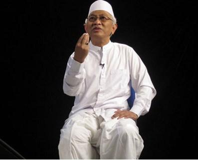 gus-mus-apa-hukum-uang-sertifikasi-halal