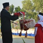 Pondok Gontor, Toleransi, Perekat Umat di Mata Cak Nun dan Kiai Hasan