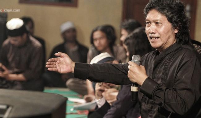 Soal Pidato Megawati, Cak Nun Itu Nek Ukuran Resmi Syar'inya Kafir, Tapi …