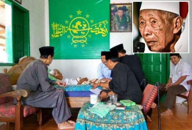 wasiat-mbah-umar-tumbu-umat-islam-kudu-sing-rukun