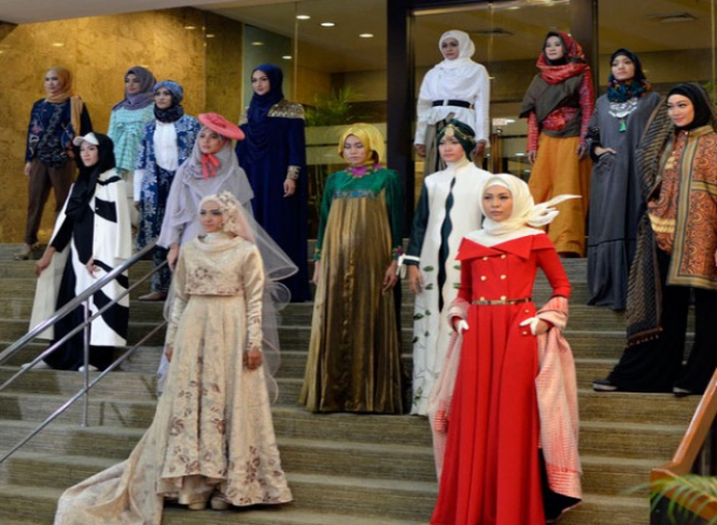 Tren Busana Muslim Syar'i di Tanah Air