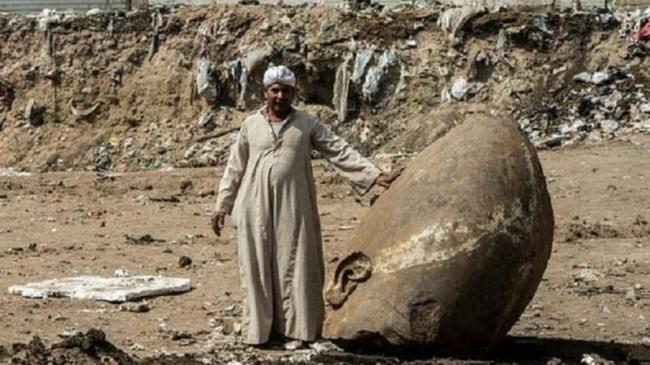 Arkeolog Jerman-Mesir Temukan Dua Patung Firaun Berusia 3000 Tahun