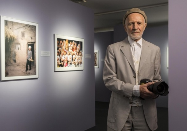 Potret Damai Islam dalam Bidikan Kamera Peter Sanders