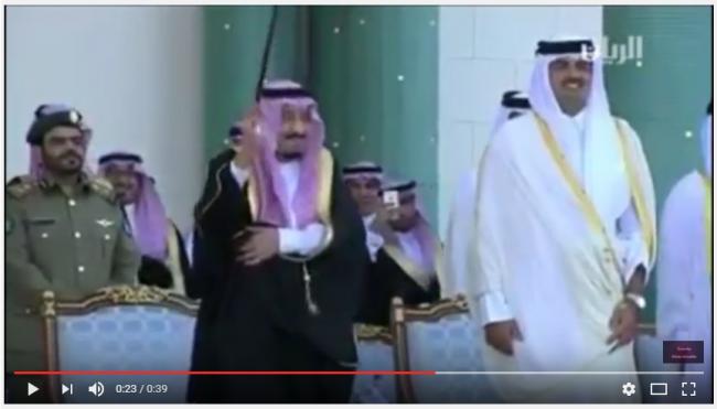 VIDEO – Joged Tongkat Ala Raja Salman