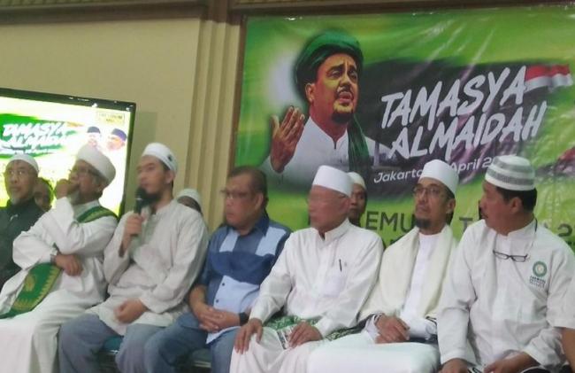 Panitia Tamasya Al Maidah 'Ancam' Jokowi