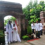 Tradisi Nganten Mubeng di Masjid Wali Kudus
