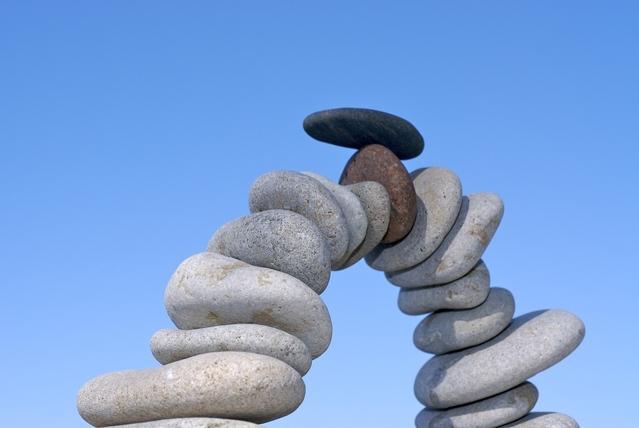 stone-sculpture-1390088-639x427