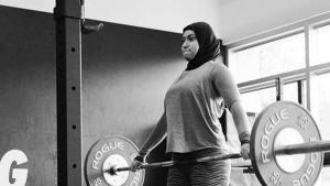 Lifter Uni Emirat Arab Amna Al Haddad