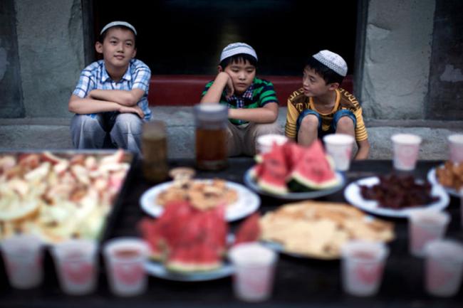 Saat Muslim Indonesia Puasa 13-14 Jam, Muslim Dua Negara ini Puasa 23 Jam