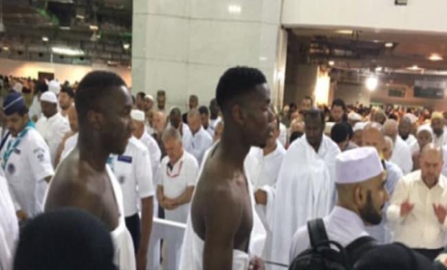 Tunaikan Umrah, Paul Pogba Awali Ramadan di Mekkah
