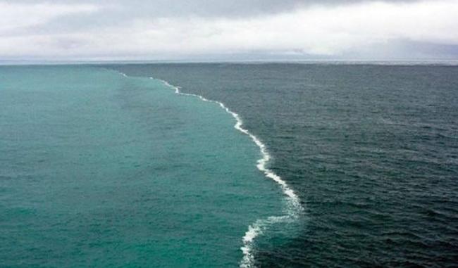 Inilah Fenomena Dua Laut Bertemu Tapi Tak Menyatu