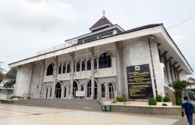 Masjid Agung Karawang, Saksi Bisu Pernikahan Prabu Siliwangi