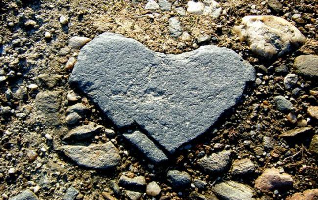 Tips dari Rasulullah untuk Melunakkan Kembali Hati Sekeras Batu