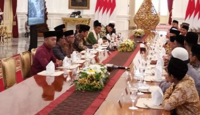 Ulama Kalbar Nilai Tepat Langkah Jokowi Bangun Negara Libatkan Ulama