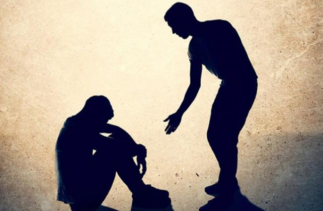 Tepat Bersikap Terhadap Orang Lain yang Kita Bantu