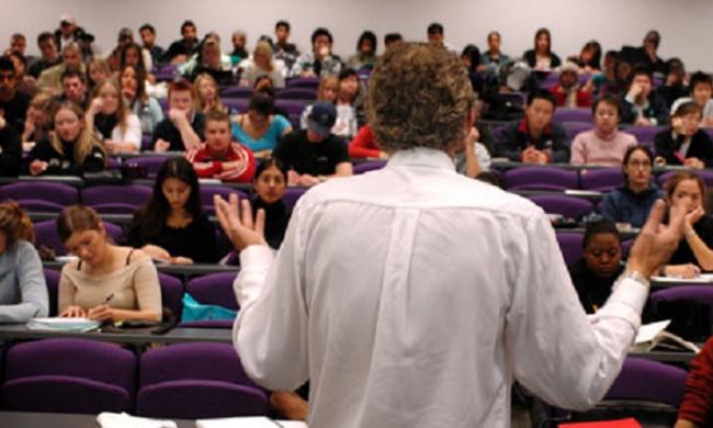 HIKMAH – Dialog Antara Profesor Atheis dan Mahasiswa Ilmu Fisika
