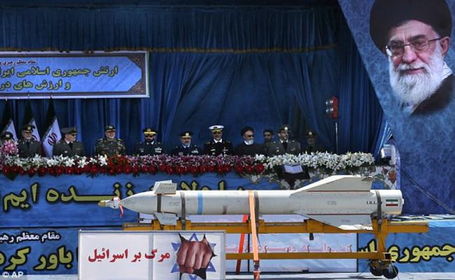 Ditekan Washington, Iran Tak Ada Negosiasi Soal Program Pertahanan