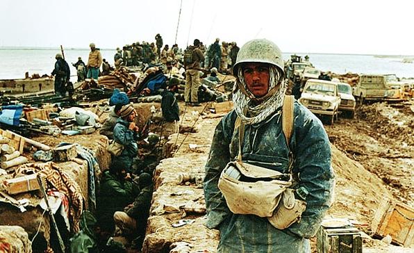 Prajurit Iran di garis terdepan perang Iran-Irak. Photo: Commandernavy/Wikimedia