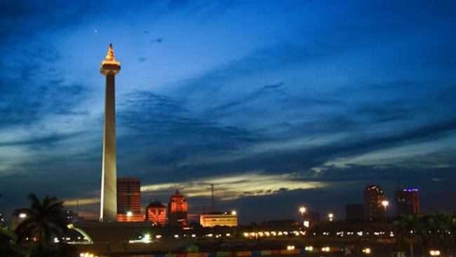 Malam Ini Warga Jakarta Nonton dan Shalat Gerhana Bareng di Monas