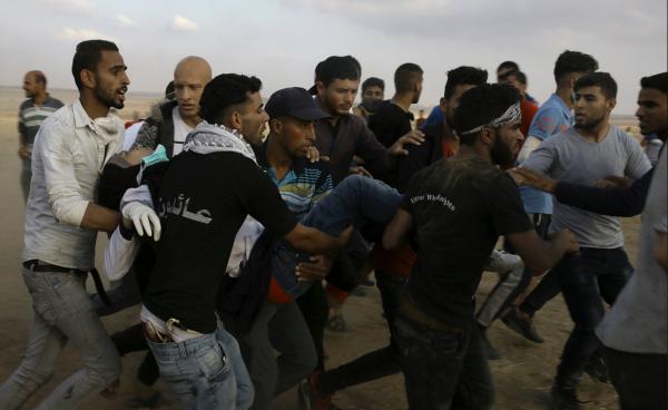 Razan ketika dievakuasi sesaat setelah tertembak. Photo: AJ+