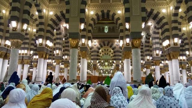 Khotbah dan Tausiah Berbahasa Indonesia di Masjid Nabawi