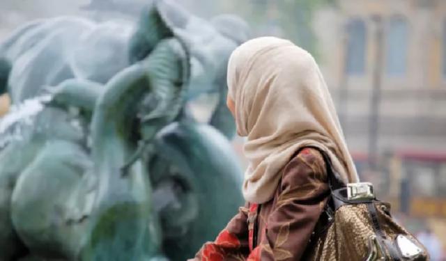 KISAH NYATA — Doktor Wanita Jerman Tersentuh Surah Al Fatihah dan Akhlak Fathimah