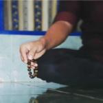 Obati Diri Sendiri dengan Bacaan dan Hembusan Doa