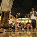 Jalan Kaki Pergi-Pulang Masjid, Solusi Hidup Sehat Muslim